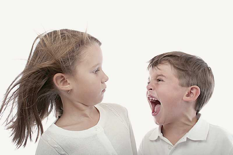 Как маме реагировать на обидные слова ребенка - правила бережных отношений