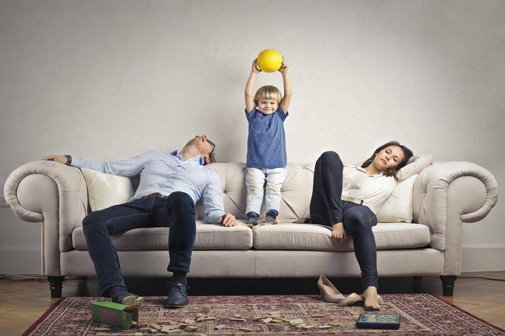 Топ-7 противных привычек молодых родителей