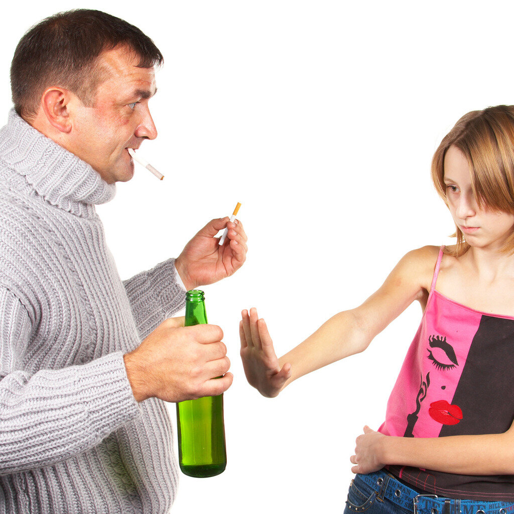 Отказ от родительских прав отца или матери добровольно: можно ли осуществить в пользу усыновителя, как написать заявление и согласие, их образцы, последствия лишения