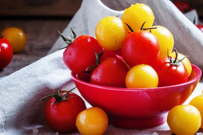 Консервированные помидоры при гв. можно ли кормящей маме свежие помидоры? в каком виде кормящей женщине лучше употреблять помидоры