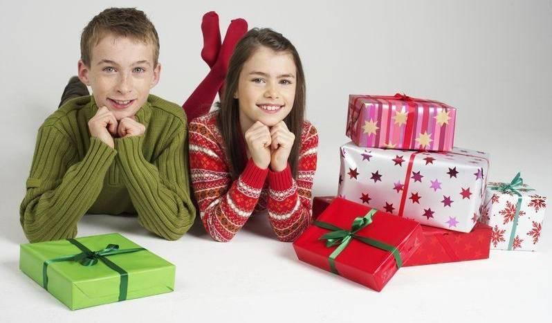 Топ-109 лучших подарков ребенку на 12 лет: девочке и мальчику