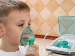 Как правильно делать ингаляции с физраствором при кашле у детей