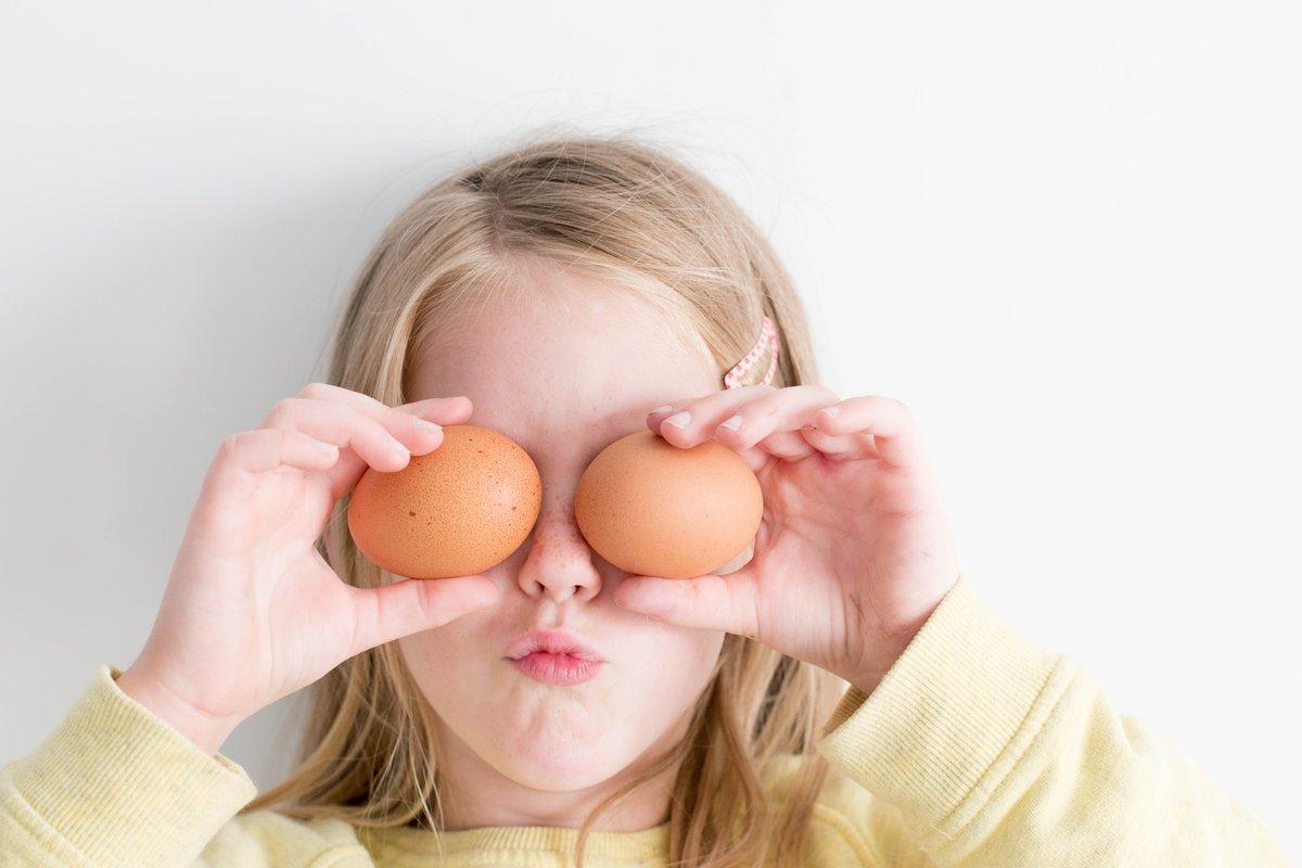 Как научить ребенка есть ложкой – 10 простых советов