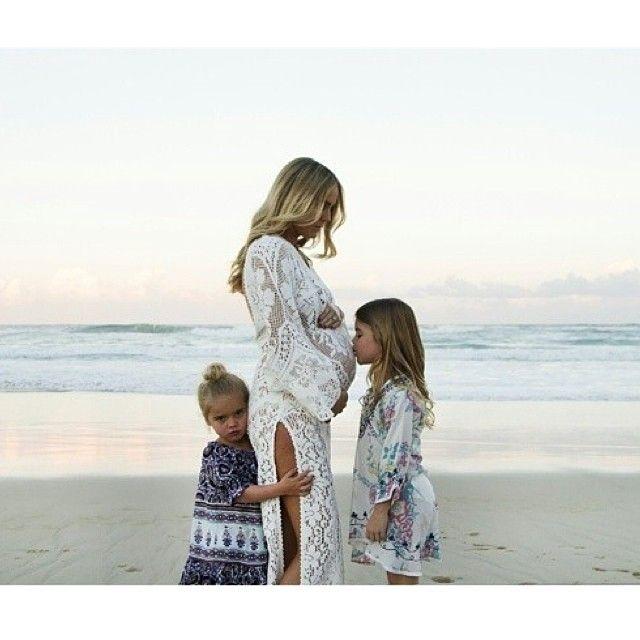 Ревность двух детей   мамина любовь