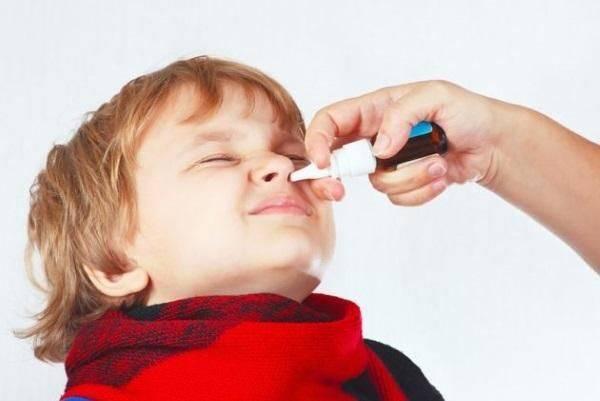 Насморк у грудничка: лечение, советы доктора комаровского, капли и лекарства