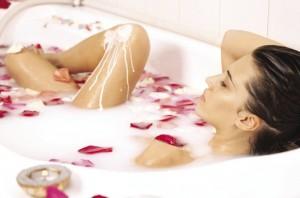 После кесарево когда можно купаться в ванной. после родов когда можно принимать ванну? мнения специалистов и отзывы женщин