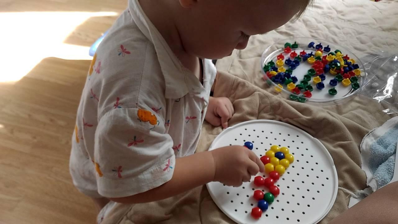 Полезные забавы для ребенка 5 месяцев: игры и занятия для развития малыша