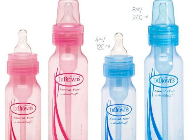 Как выбрать и какие лучше бутылочки для новорожденных: правила кормления и стерилизации стеклянных и пластиковых ёмкостей