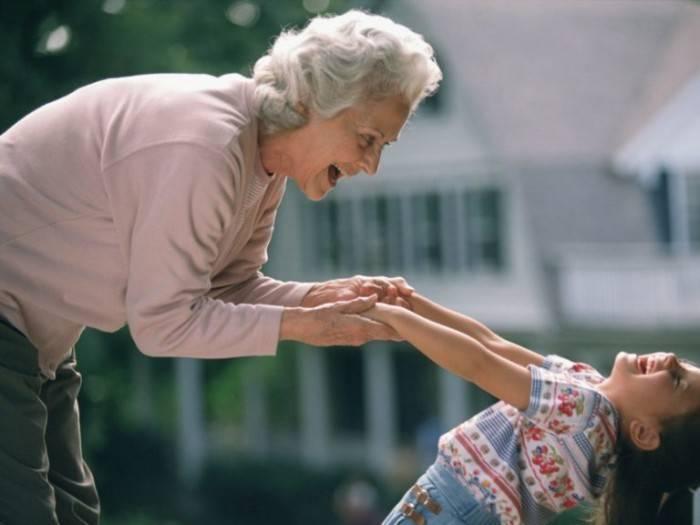 Влияние бабушек и дедушек на воспитание детей   статьи академии smartum   блог