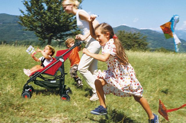 Лучшие коляски для путешествий: рейтинг 2020, легкие, удобные - hellobuggy