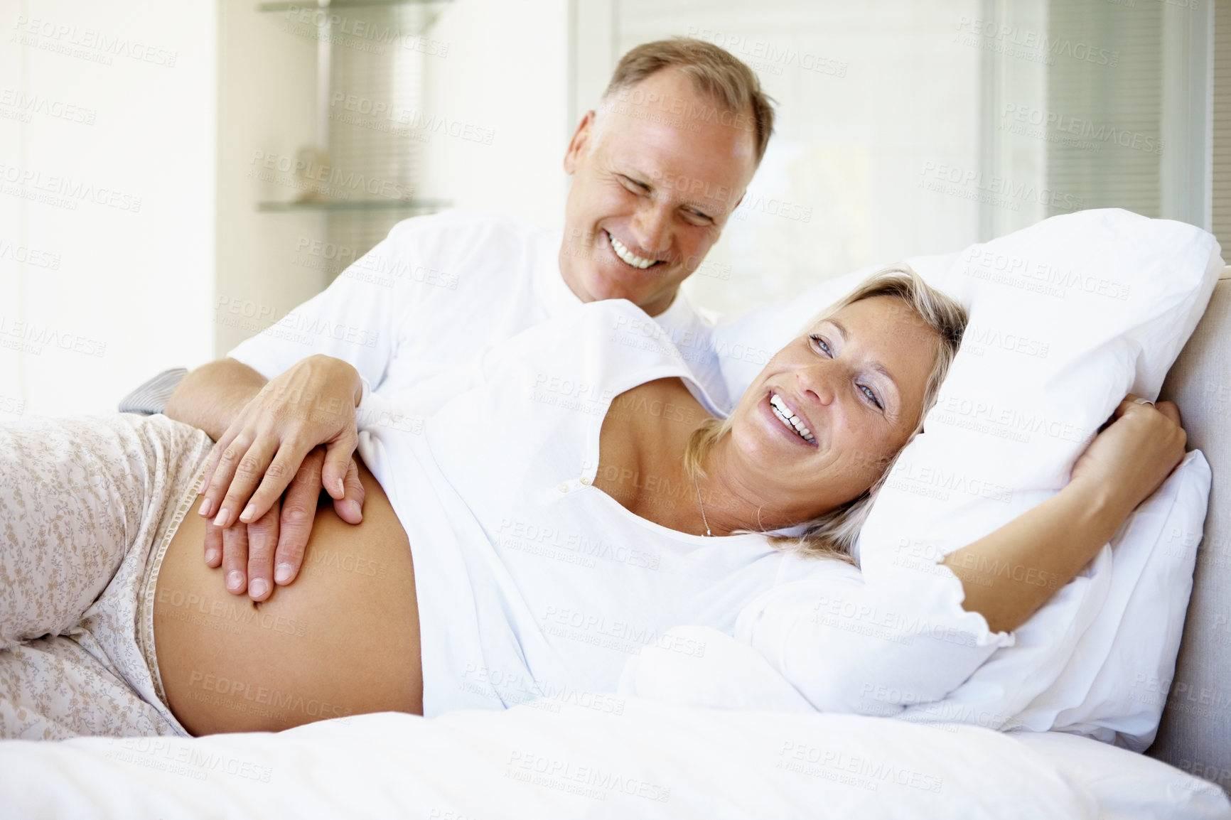 Можно ли женщине родить в 50 лет? вероятность и отзывы врачей
