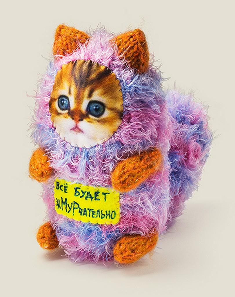Котенок - подарок не для каждого