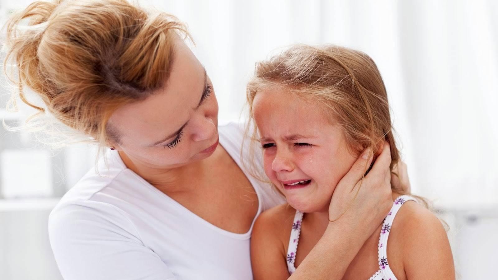 3 главных правила лечения боли в ухе у ребёнка