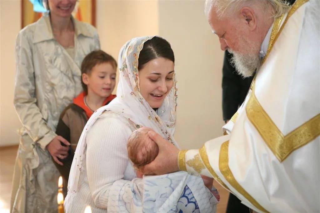 Предложили стать крестной мамой? инструкция для вас. что должна делать крестная?