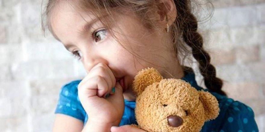 Вредные привычки у ребенка: разновидности, способы борьбы и профилактика