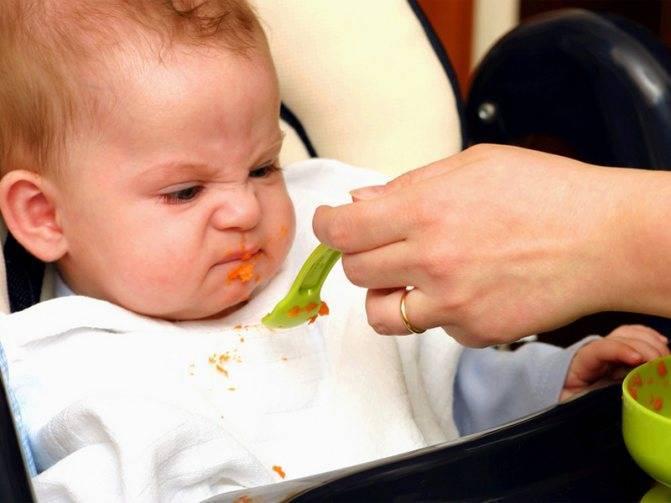 Запор при прикорме у грудничка   что делать, если после первого введения прикорма у ребенка возник запор   микролакс®