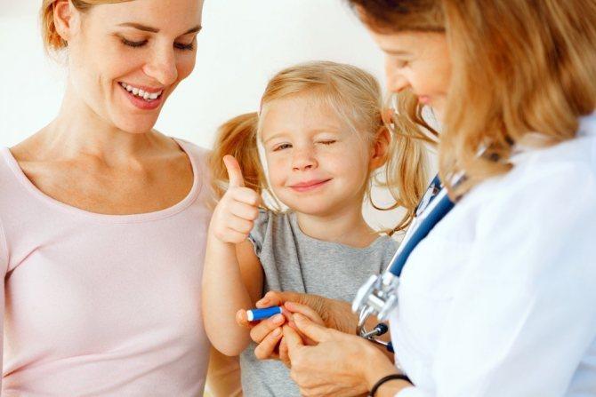 Как научить ребенка не бояться сдавать кровь - для мам
