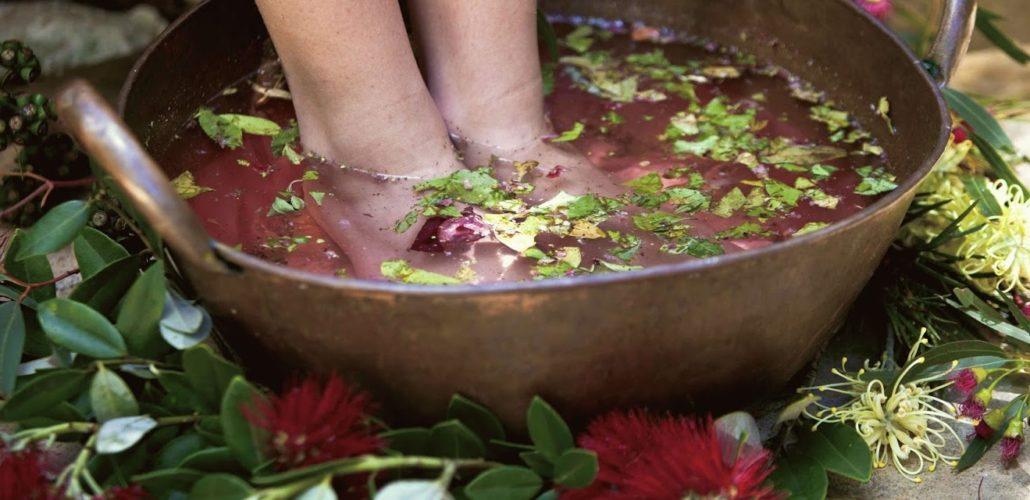 Сильно пахнут ноги. в чем причина и как с этим бороться. - здоровье прежде всего!