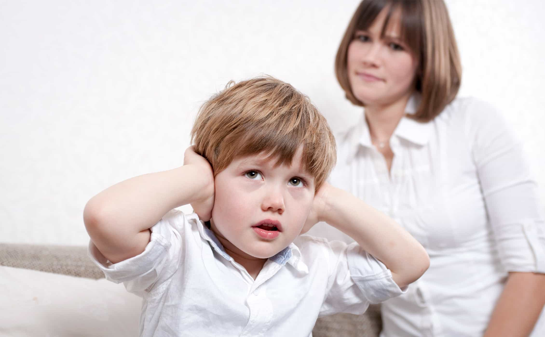 Почему он хамит? как реагировать на грубости, сказанные ребёнком