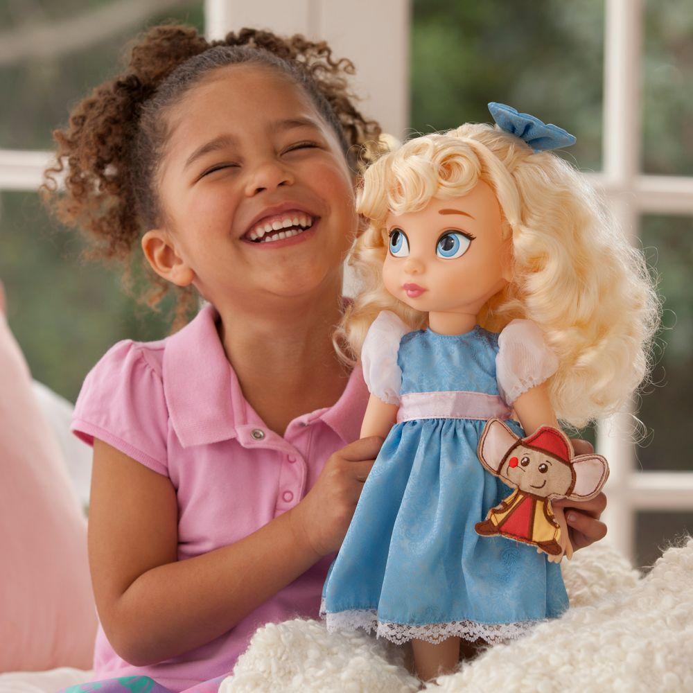 Чем плохи современные куклы и как они могут повлиять на воспитание девочки