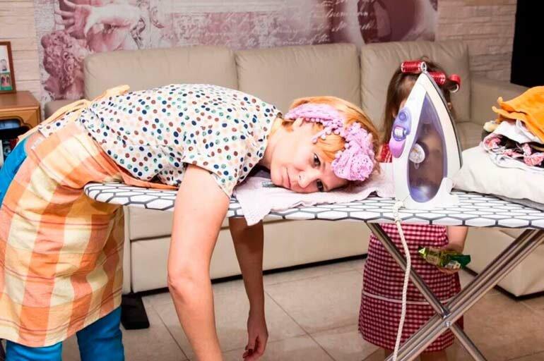 5 дел по дому, которые можно оставить на потом, если вы – молодая мама