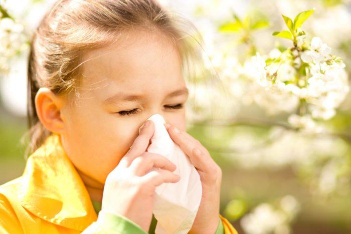 Как облегчить кашель у ребенка ночью: советы педиатров