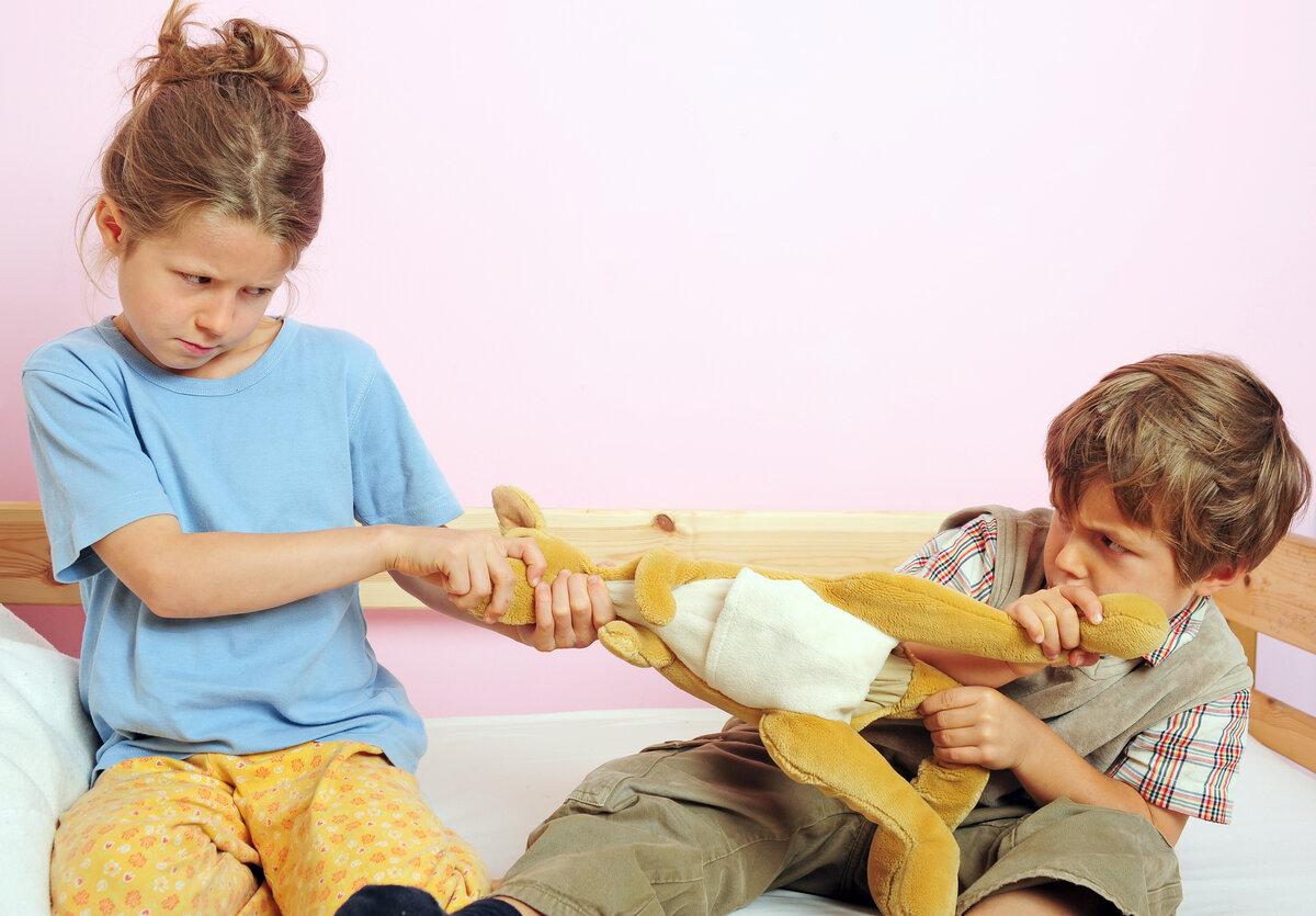 Как научить ребёнка постоять за себя, конфликты на детской площадке