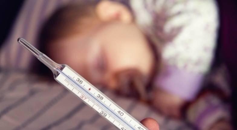 Высокая температура у грудного ребенка: что делать и чем сбить?