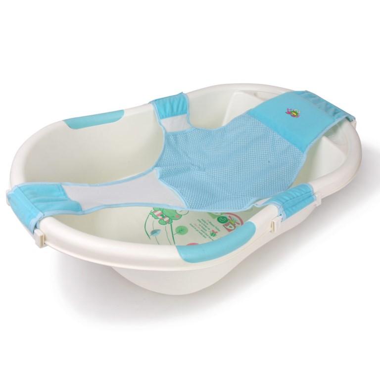 Выбираем купальные принадлежности: матрасик и гамак для новорожденных