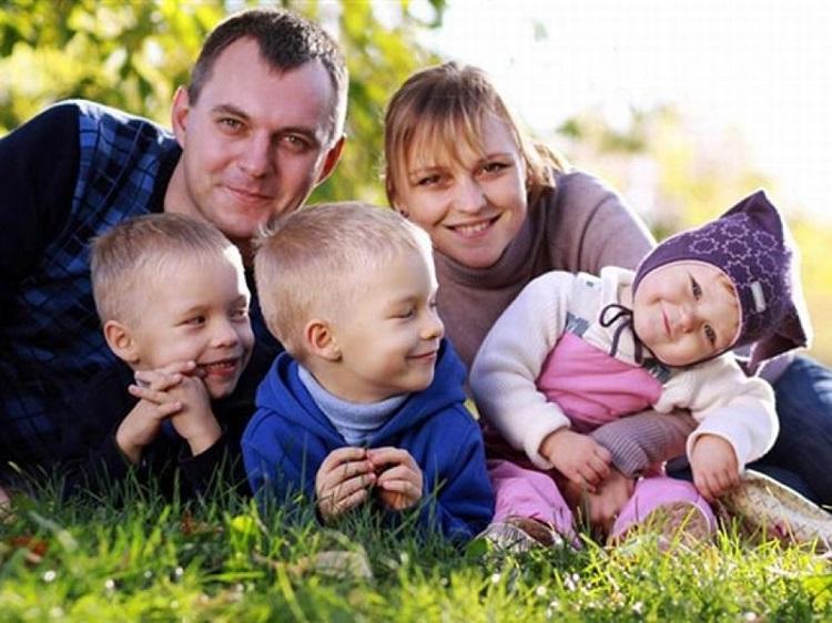 Почему стоит быть многодетной мамой: 5 весомых и веских доводов в пользу большой семьи