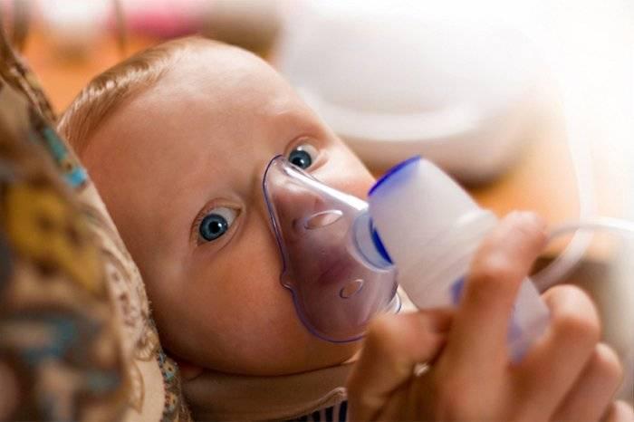 У малыша поднялась температура: как себя вести родителям
