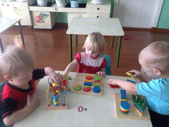 Сенсорное развитие детей первой младшей группы. воспитателям детских садов, школьным учителям и педагогам - маам.ру