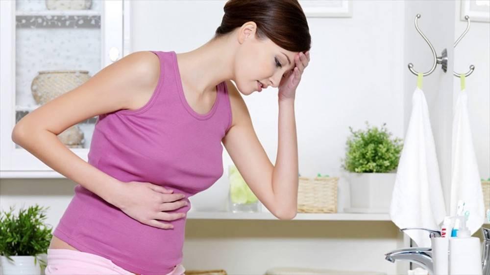Токсикоз — неприятный спутник беременности: причины появления и способы облегчить состояние будущей мамы