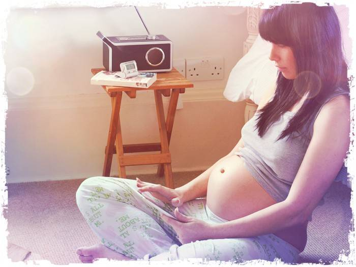 Зачатие, оплодотворение, как наступает беременность: симптомы в первые дни зачатия, можно ли почувствовать