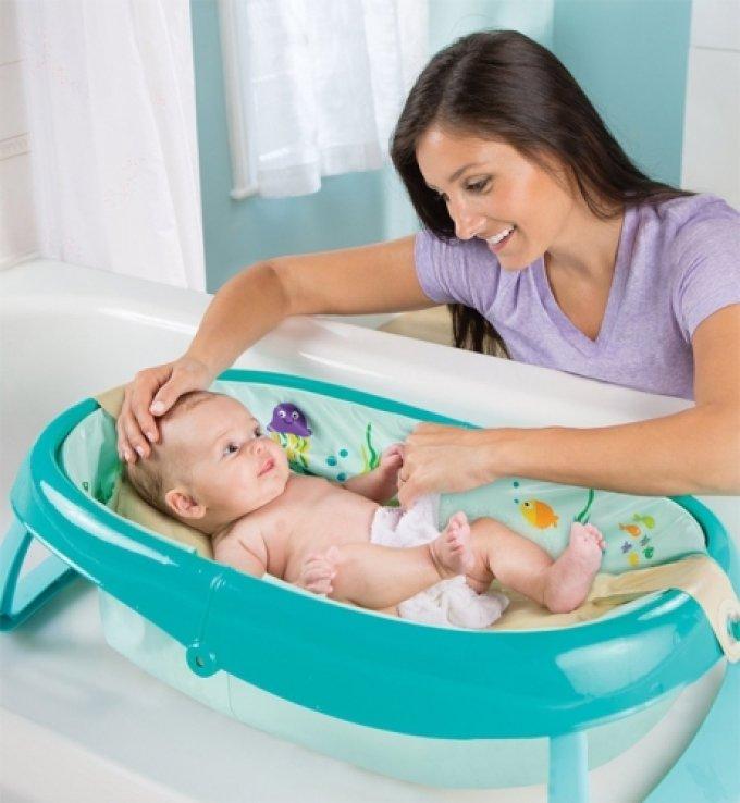 Как выбрать ванночку для купания новорожденных