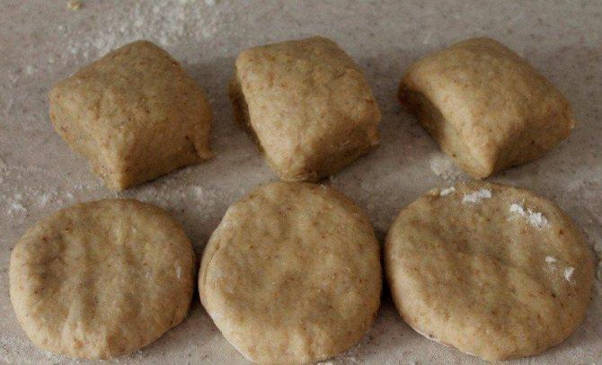 Печенье при грудном вскармливании: какое выбрать и можно ли его употреблять в первый месяц после рождения малыша?