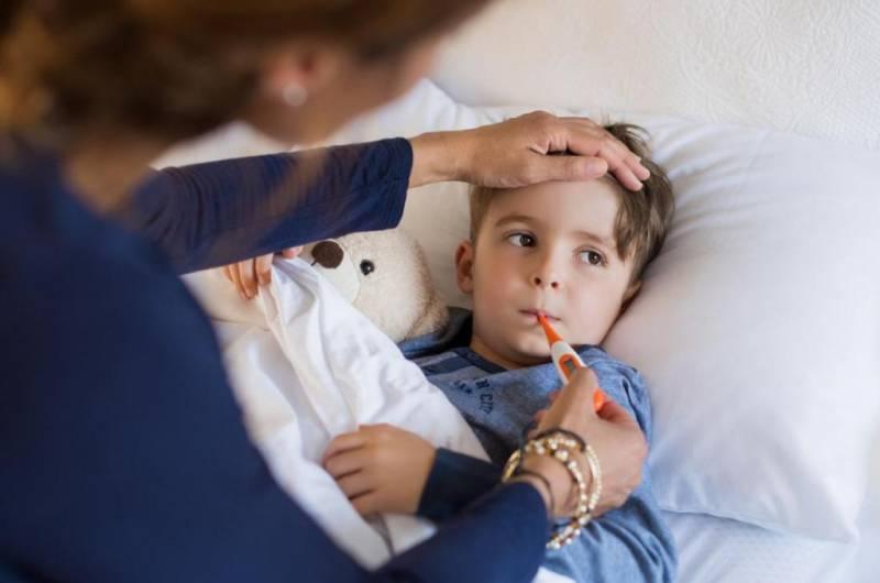 Тревожный ребёнок: что это за состояние, что делать родителям
