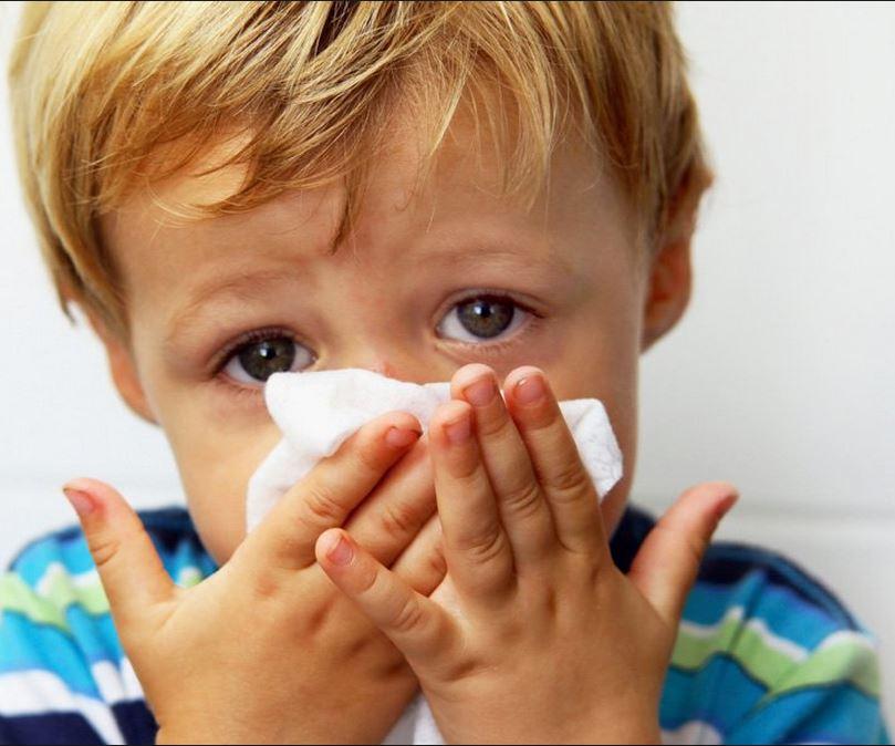 У ребенка не дышит нос - почему возникает нарушение по ночам или постоянно и как лечить