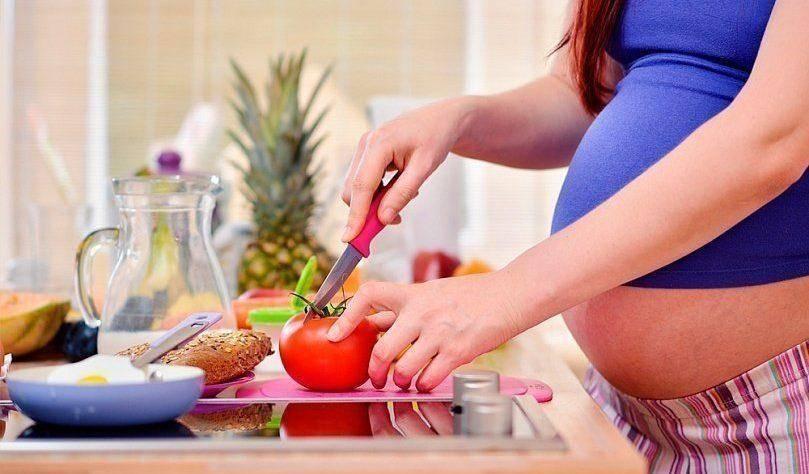 Вегетарианство при беременности: польза и вред для женщины и плода, мнение врачей