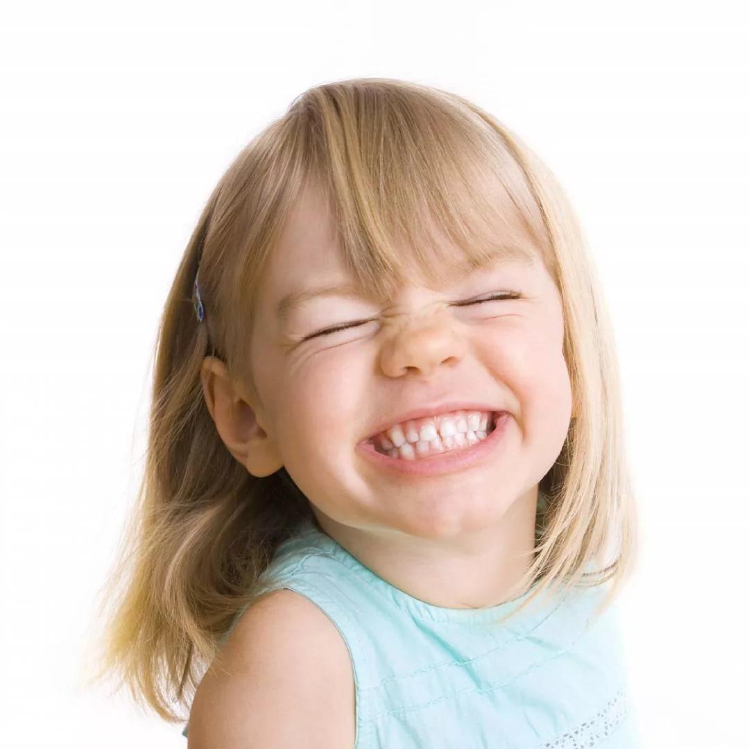 Почему ребенок 10 лет постоянно кричит кривляется. ребенок постоянно кривляется и дурачится: что делать