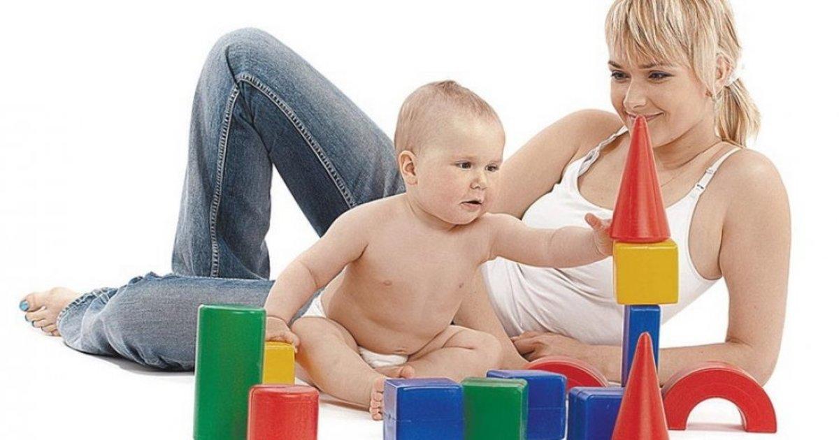 Нормы развития ребенка в 10 месяцев, или что должен уметь делать малыш в этом возрасте