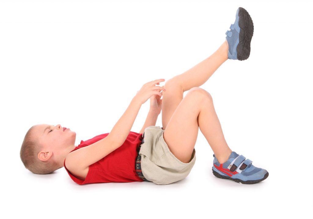 Почему у ребенка болит стопа?
