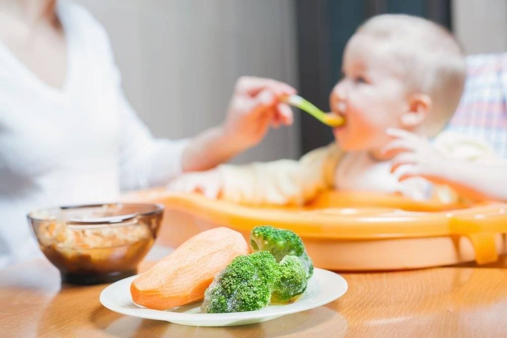 Особенности питания ребенка при стоматите