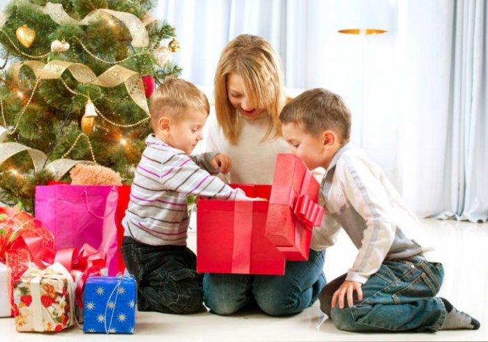 Что подарить полуторагодовалому ребенку?