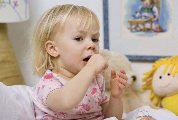 Лающий кашель у ребенка: причины и лечение