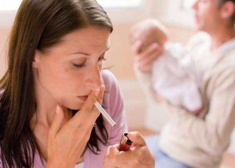 Курение и грудное вскармливание: что делать кормящей маме