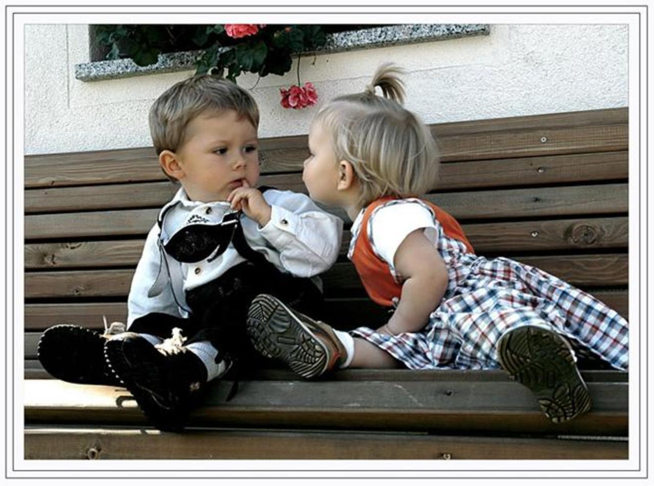 Как помочь ребёнку преодолеть трудности в отношениях с друзьями