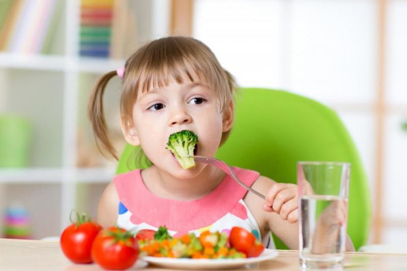 Как приучить ребенка есть овощи? что делать, если ребенок не ест овощи?
