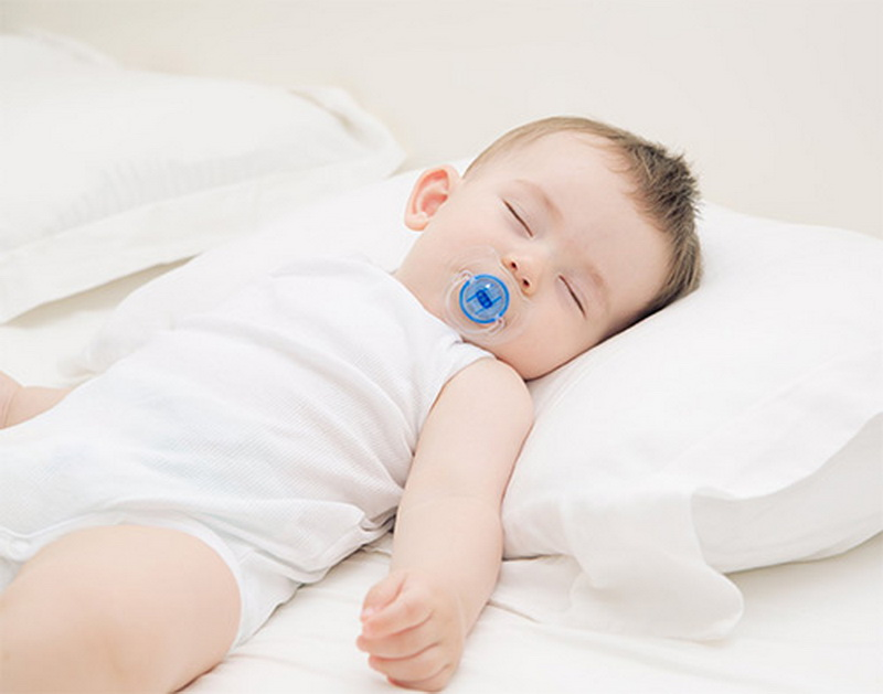 С какого возраста ребёнку нужна подушка?