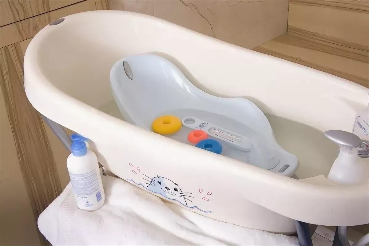 Выбираем детскую ванночку для купания новорожденных правильно